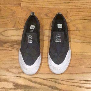 Adidas Slip On M size 6| W size 8